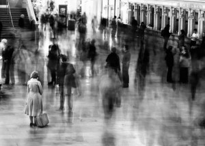 waiting_in_grand_central_station-690x492